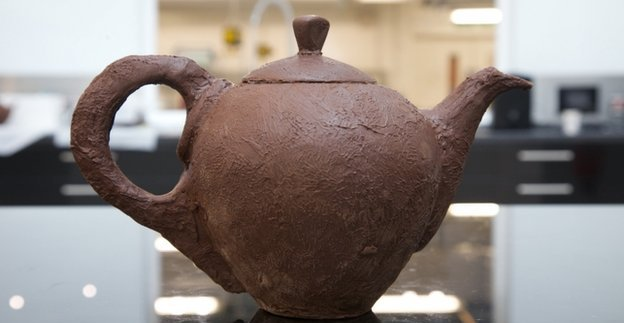 A Teapot Made FromChocolate?